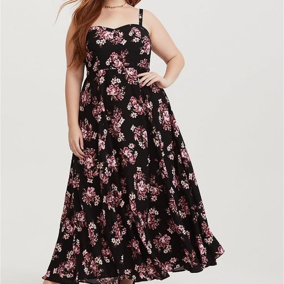 3d60eca348f0 Torrid Black Floral Challis Maxi Dress. M_5c37c9e2c6177735468064ac